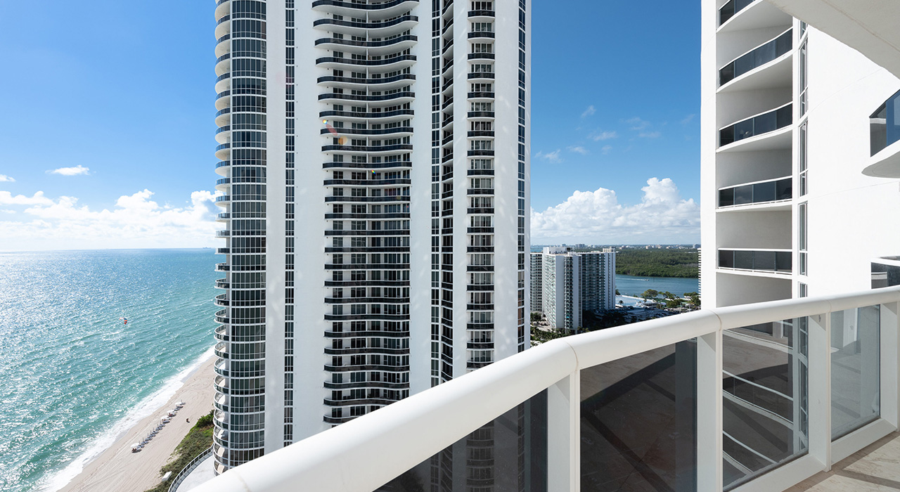 16001 Collins Ave # 2102
